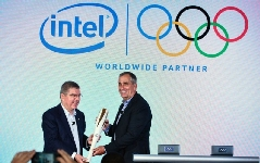 Intrare impetuoasa a Intel Corporation in randul sponsorilor TOP ai CIO