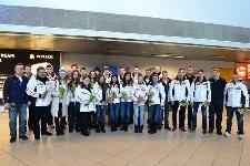 Echipa Olimpica a Romaniei primita cu flori pe Aeroportul Henri Coanda